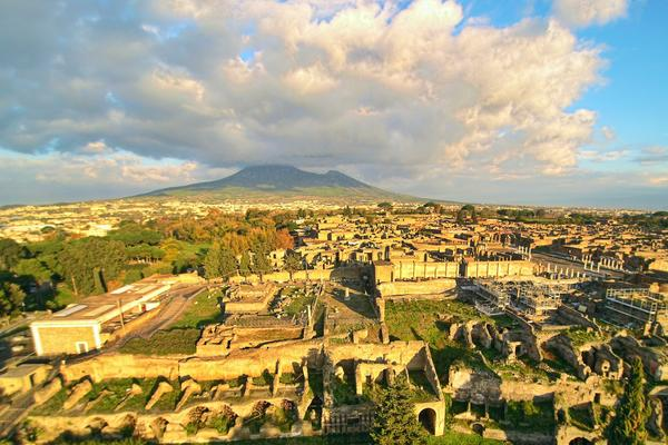 ruins of pompeii with the vesuvius
